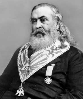 http://www.stampalibera.com/wp-content/uploads/2010/05/Another-Albert-Pike.jpg