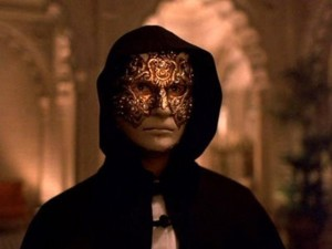 Eyes Wide Shut Movie Review DVD Review_thumb[2]